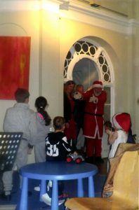Weihnachten für Kinder in Not